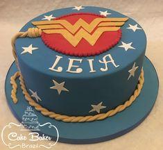 Bolo Mulher Maravilha- Wonder Woman Cake