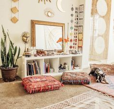 Prudent detected meditation room design Speak to an Expert Bohemian Interior, Bohemian Decor, Boho Chic, Meditation Rooms, Zen Meditation, Deco Zen, New Room, Decoration, Porches