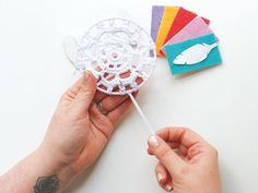How-to-make-a-crochet-dreamcatcher-finishing