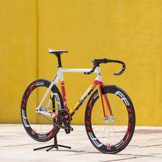 The Official 2014 Red Hook Crit Barcelona Prize Bike