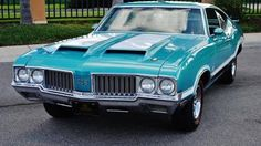 Trendy Old Cars Classic Oldsmobile 442 52 Ideas American Classic Cars, Best Classic Cars, American Muscle Cars, Classic Style, Retro Cars, Vintage Cars, Antique Cars, General Motors, Oldsmobile Cutlass