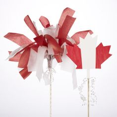 Canada Day Pom Pom Maple Leaf Stakes - looks like an easy craft for the kids Canada Christmas, Canada Holiday, Canada Day 150, Canada Eh, Around The World Crafts For Kids, Canada Day Crafts, Girl Scout Swap, Girl Scouts, Daycare Crafts