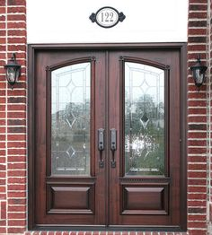 Our Estate Door collection represents the finest, traditional doors you will find and they can dress-up the look of any home. Most doors feature leaded glass, but you will also find many beautiful doors with solid panels. Double Front Entry Doors, Double Doors Exterior, Wood Exterior Door, Door Entryway, Entrance Doors, Stained Front Door, Living Room Decor Curtains, Double Door Design, Contemporary Front Doors