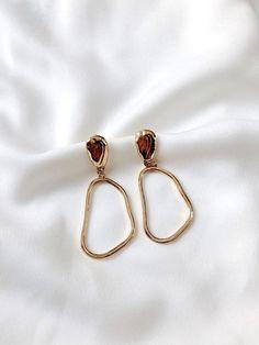 Amazing Anais Earrings - Women's Jewelry and Accessories-Women Fashion Keep Jewelry, Dainty Jewelry, Cute Jewelry, Bridal Jewelry, Jewelry Box, Silver Jewelry, Jewelry Accessories, Women Jewelry, Fashion Jewelry
