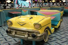 car diner booth