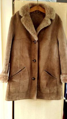 lovely and warm - VINTAGE SHEEPSKIN JACKET COAT BAILY'S OF GLASTONBURY Size 12 Womens Ladies WARM!