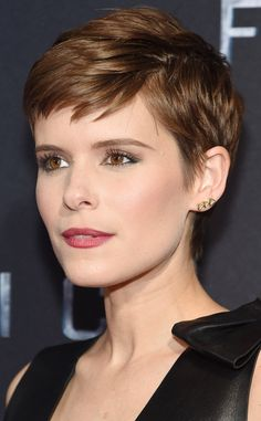 Kate Mara from Daily Beauty Moment  Pro makeup artist Coleen Campbell-Olwell created the Fantastic Four star's glowing skin with Kate Somerville face serum and CC cream, and gave the star a berry-hued lip with Makeup Forever's desire lipstick.