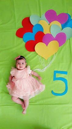 Monthly Baby Photos, Newborn Baby Photos, Baby Poses, Baby Girl Newborn, Baby Girl Pictures, Foto Baby, Newborn Baby Photography, Cute Baby Videos, Babies