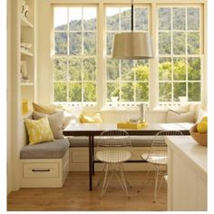 Kitchen table- I'm loving this bench idea.