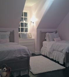 love this room. everything, the beds the colour the window the seat the only thing that bothers me is how the ceiling slants over the bed because if you get up someone could seriously get HURT! :( Otherwise it's great! :)