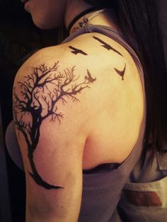 Beautiful Tree Tattoo Ideas for Girls | How to Tattoo?