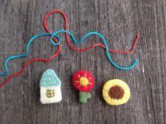 簡単!羊毛フェルトレシピ☆一緒にお出かけしたくなる♪Myブローチの作り方|LIMIA (リミア) Crochet Earrings, Projects, Jewelry, Felting, Log Projects, Blue Prints, Jewlery, Jewerly, Felt Fabric
