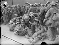 THE BRITISH ARMY IN THE UK: EVACUATION FROM DUNKIRK, MAY-JUNE 1940  Exhausted British troops rest on the quayside at Dover, 31 May 1940.