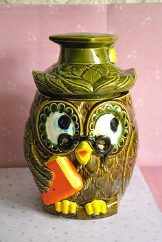 """Vintage cookie jar """"Smart Owl"""" made in Japan"""