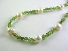 gemstone chip necklaces | Peridot gemstone chip necklace with freshwater pearls