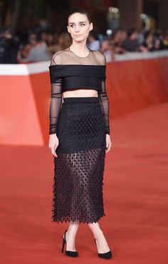 From Blake Lively to Jamie Chung, The BEST Red Carpet Looks This Fall via @WhoWhatWearUK
