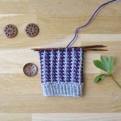 Aili - 52 sukanvartta - Neulovilla Knitting Socks, Knitted Hats, Cross Stitch Patterns, Knitting Patterns, Knots, Knit Crochet, Diy, Crocheting, Heaven