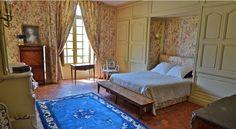 """Chambre """"Lucullus"""" du 18ème siècle dans le gîte """"Pavillon des Cerfs"""" au Château de la Ferté Saint-Aubin"""