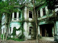 Inside Old Abandoned Mansions | ... apparently abandoned in haste. Three cars still remain in the garage