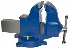 Pipe and Bench Vise Model 34c