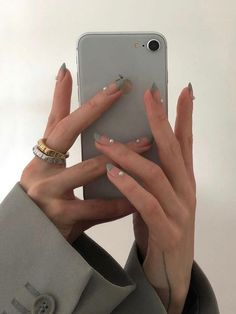pearl french tip nails thick rings- nail inspo Wedding Nails For Bride, Bride Nails, Minimalist Nails, Minimalist Fashion, Cute Nails, Pretty Nails, Nails Ideias, Hair And Nails, My Nails