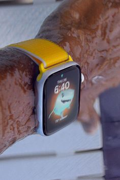 Quiff Hairstyles, Apple Watch Series, Smart Watch, Cool Things To Buy, Watches, Health, Cool Stuff To Buy, Smartwatch, Wristwatches