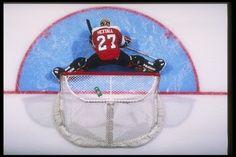 16 Oct 1996: Goaltender Ron Hextall of the Philadelphia Flyers