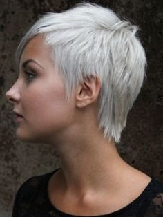 Short Haircuts for White Women Adorable Funky Short Haircuts for Women Of 33 Bri… Funky Short Haircuts, Short Spiky Hairstyles, Cool Haircuts, Short Hairstyles For Women, Short Hair Model, Short Grey Hair, Short Hair Cuts For Women, Pixie Haircut Styles, Short Hair Styles