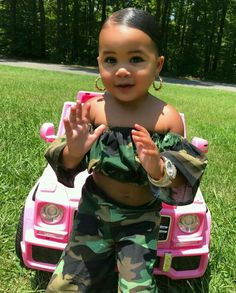 Super baby outfits black little girls ideas Cute Mixed Babies, Cute Black Babies, Black Baby Girls, Beautiful Black Babies, Cute Little Baby, Pretty Baby, Beautiful Children, Cute Kids Fashion, Baby Girl Fashion
