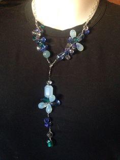 #collana in filo metallico e #cristalli colorati vari. Fatta a mano.  Info@oro18.eu #oro18 #bigiotteria #bijoux Fb: oro18 fantasíe creative