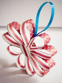 I love paper ornaments to decorate the house with at Christmas. Definitely looking at replicating this one.