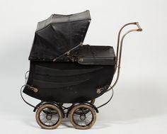 1920's Doll Pram