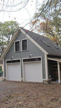 One bedroom garage apartment over two car garage plan. | Garage ...