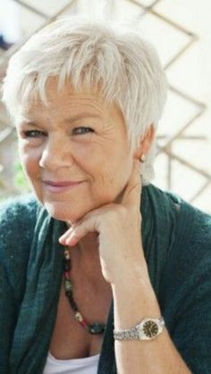 Hairstyles For Gray Hair Magnificent Short Grey Hairstyles For Women Over 50 With Fat Faces  Short Gray