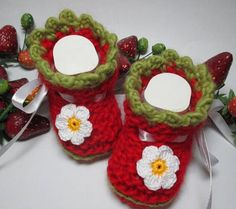 Baby shoes desired size Eco-virgin wool hand knitted baby