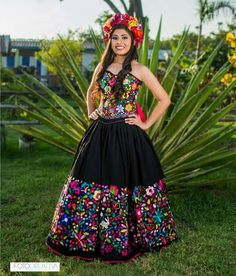 Mexican Bridesmaid Dresses, Mexican Quinceanera Dresses, Mexican Dresses, Flowery Dresses, Dama Dresses, Quince Dresses, Naeem Khan, 15 Anos Dresses, Lehenga