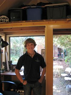 austin builds his own tiny house in which to reside as he attends college... some really nice touches