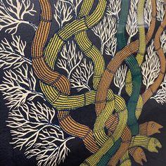 ゴンド画家バジュー・シャム作品 シルクスクリーン 「SNAKES AND EARTH」 | tsomoriri Doodles, Abstract, Artwork, Summary, Work Of Art, Auguste Rodin Artwork, Artworks, Donut Tower, Doodle