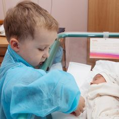 How to help siblings understand the NICU journey