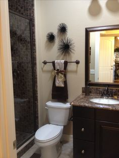 Bathroom Kitchen ways to decorate the towel racks in your bathroom | upstairs