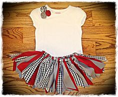 Rag Tutu Alabama Roll Tide houndstooth Shabby Skirt by Delilahkaye. Fabric Tutu, Grey Fabric, Cotton Fabric, Alabama Baby, Alabama Football, Rolled Fabric Flowers, Girl Outfits, Cute Outfits, My Baby Girl