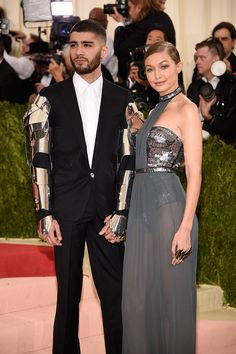 """ZaynMalikandGigiHadidattend """"ManusxMachina: Fashion In An Age Of Technology"""" Costume Institute Gala at Metropolitan Museum of Art on May 2, 2016 in New York City."""