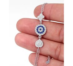 Evil Eye Heart Bracelet gives protection brings good luck Evil Eye Bracelet, Heart Bracelet, Bracelets, 925 Silver, Pendant Necklace, Eyes, Chain, My Style, Gold