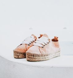 s t a r s t u d d e d s t u f f . Boho Shoes, Comfy Shoes, Cute Shoes, Me Too Shoes, Shoes Sandals, Espadrilles Outfit, How To Make Shoes, Shoe Collection, Converse Shoes