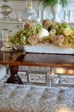 Decorating with hydrangeas for Fall.