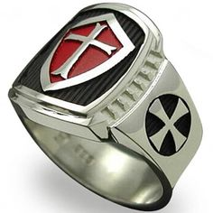 This is a unique ring in our store collection. It's a crusader cross ring, yet we can't help but present a futuristic vibe to it! This is due to the color blend of silver and dark gray, in addition to Knights Templar Ring, Masonic Jewelry, Christian Warrior, Men's Jewelry Rings, Jewellery, Medieval Knight, Unique Rings, Antique Jewelry, Rings For Men