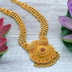 Latest Gold Haram Designs With Weight Kids Gold Jewellery, Real Gold Jewelry, Gold Jewelry Simple, Gold Jewellery Design, Temple Jewellery, Indian Jewelry, Gold Haram Designs, Gold Earrings Designs, Necklace Designs