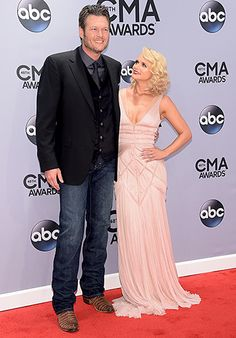 Blake Shelton and his wife Miranda Lambert walked the red carpet at the 2014 CMA Awards together.