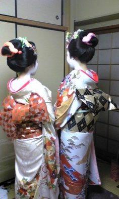 geisha dressed for a dance recital?
