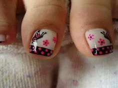 Butterfly Pattern Nail Art Painting on the nails isn't straightforward in the slightest degree, and it prices tons of cash if it's enforced in Toe Designs, Pedicure Designs, Pedicure Nail Art, Diy Nail Designs, Toe Nail Art, Cute Toe Nails, Love Nails, Cute Pedicures, Butterfly Nail Art